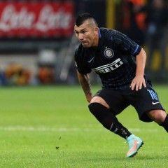 Plantilla de la Serie A con defensa de tres centrales